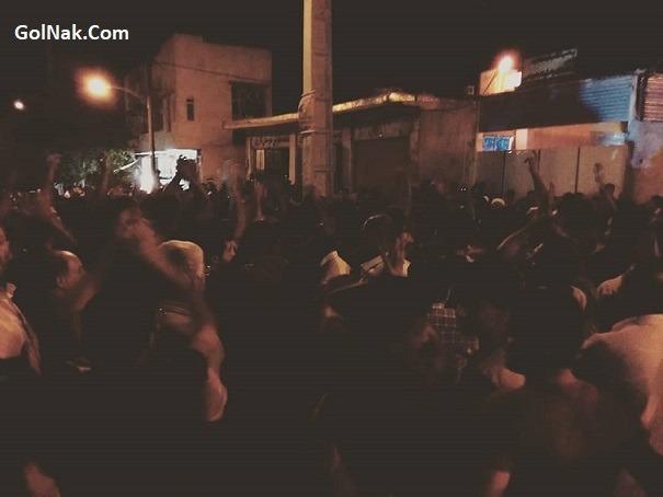 فیلم ماجرای درگیری و تجمع مردم کازرون و به آتش کشیدن مقر پلیس
